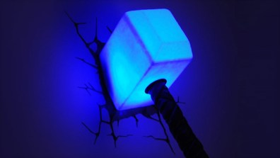 Thors Hammer leuchtet! (Foto: 3dlightfx.com)