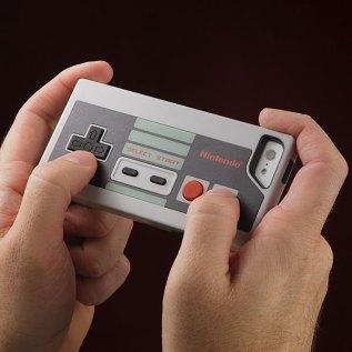 Nutzlos, aber cool: Die Tasten können gedrückt werden (Foto: ThinkGeek.com)