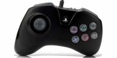 Der Mortal Kombat X-Controller für PlayStation 4. (Foto: cinemablend)
