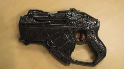 Ein Waffen-Controller für RoomAlive. (Foto: Microsoft)