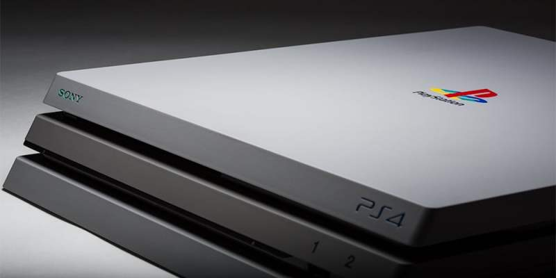 Mit dem originalen PlayStation-Logo. (Foto: ColorWare)