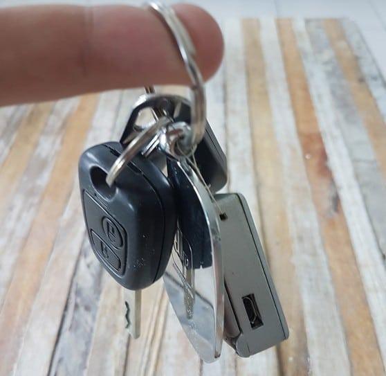 Ja, passt an den Schlüssel. (Foto: Vincent Buso)