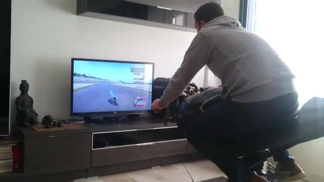 Echtes Motorrad-Feeling? (Foto: LeanGP)