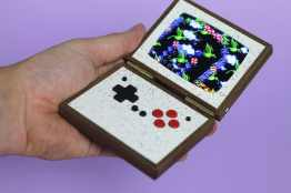 Pixel Vision 2.0 - Clamshell Edition. (Foto: Love Hultén)