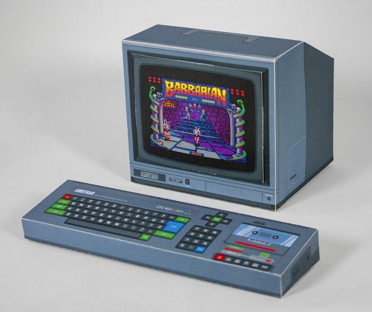 Der Amstrad CPC 464 komplett aus Papier. (Foto: Rocky Bergen)
