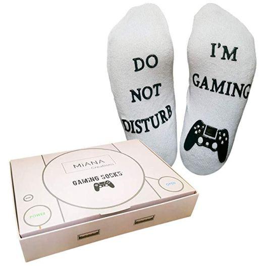 Die Gaming Socks in der PlayStation-Schachtel. (Foto: Miana)