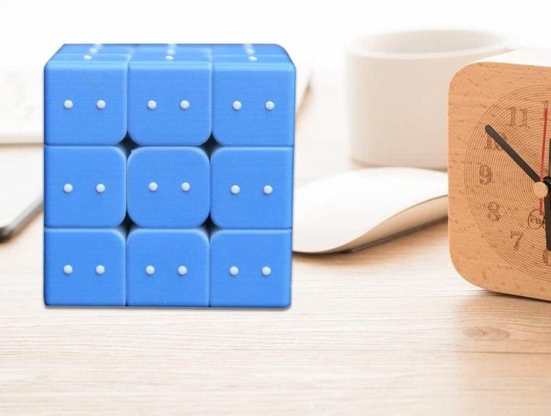 Auch eine interessante Alternative. Dieser Zauberwürfel für Blinde lässt euch Zahlen fühlen. (Foto: flower205)
