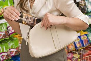 Wisconsin Retail Theft Defense - Shoplifting Criminal Defense Attorney in MIlwaukee