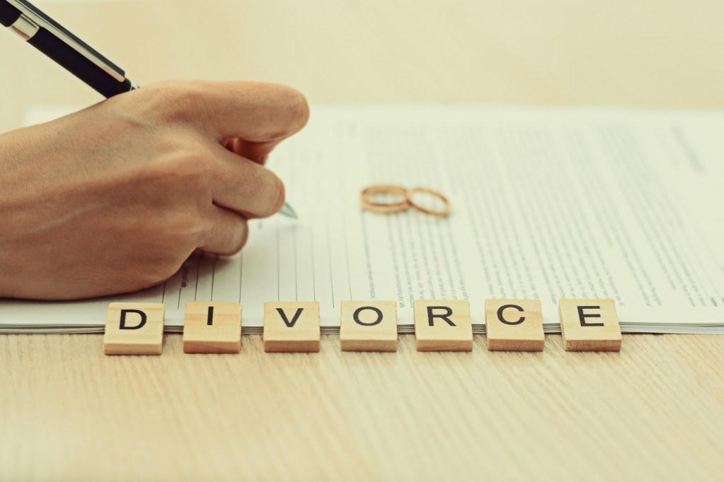 Alimony Calculation in a Divorce - Carlos Gamino