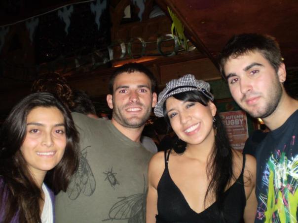 Con Victor , Natis y Natalia .
