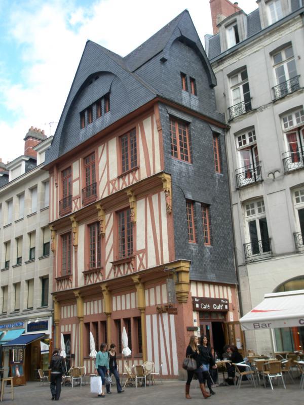Arquitectura , en Rennes .