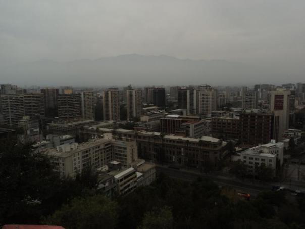 Vistas de Santiago , mucha contaminacion .