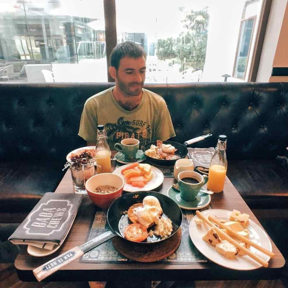 Eating travel Singapore