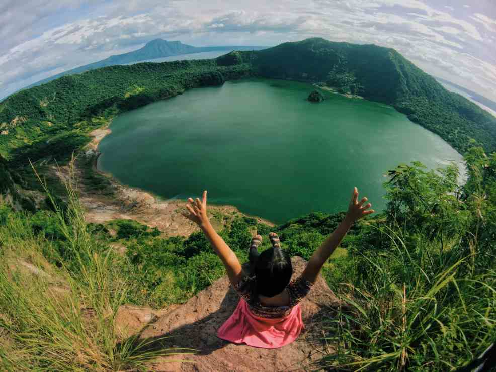 Rachel done with hiking Taal Volcano, things to know before traveling to the philippines,  best places to visit in the philippines, tourist spots in the philippines, places to visit in the philippines for couples