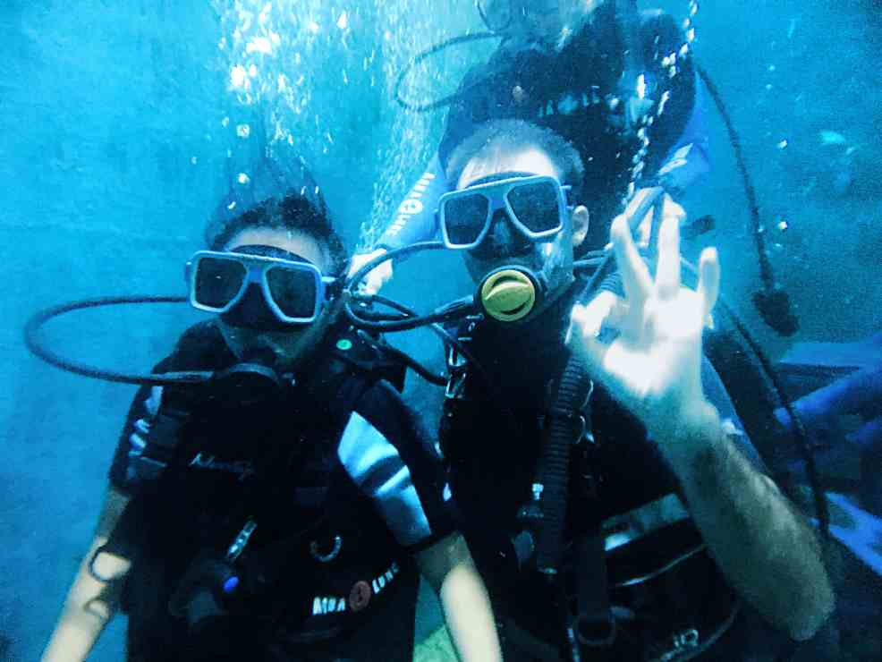 Scuba diving one of the things to do in Boracay, Things to do in Boracay Island, Boracay island travel guide, budget travel in boracay island, Boracay Island, scuba diving in Boracay