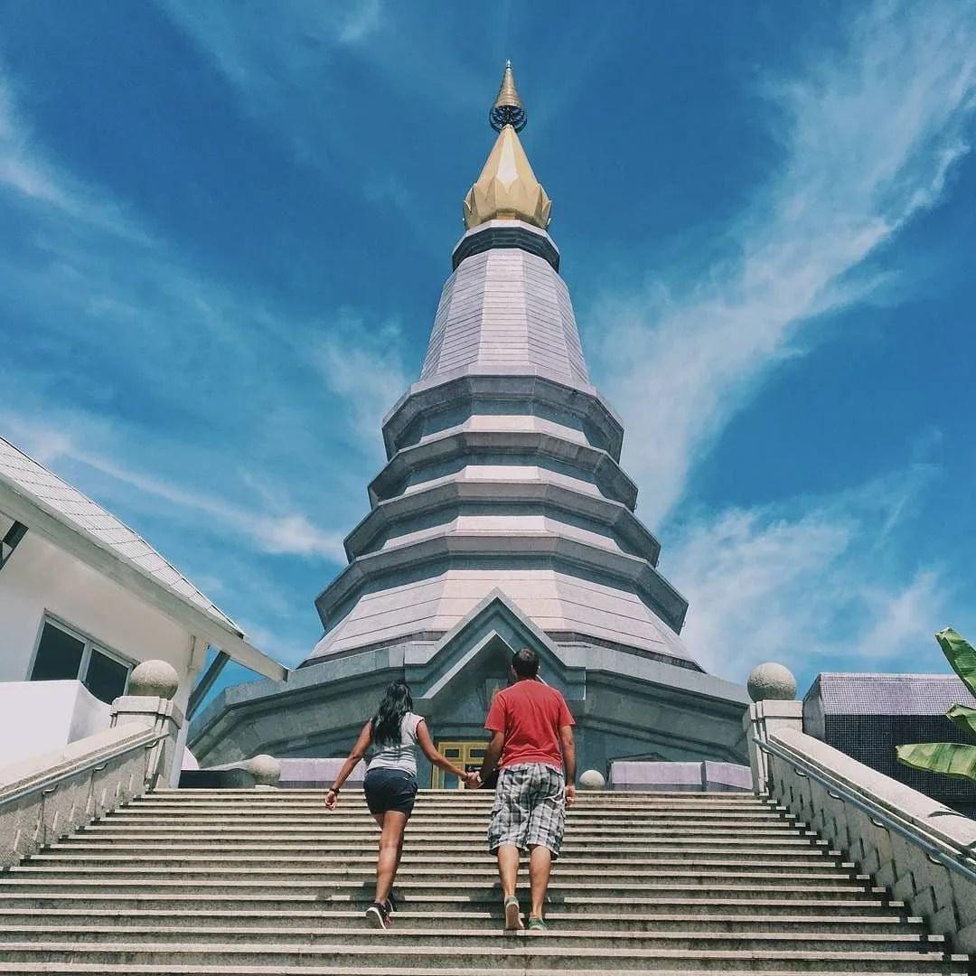 Vit pPagodas when visit Chiang Mai