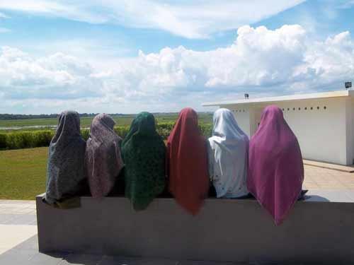 keuntungan muslimah berjilbab yang panjang