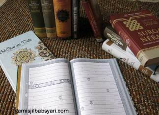 Isi Dalam Al Qur'an Follow The Line