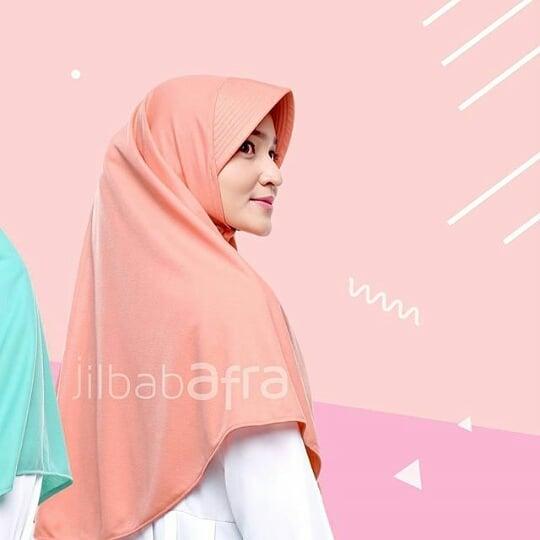 contoh jilbab bergo peach
