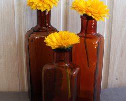 Äldre flaskor i brunt glas | Set med 3