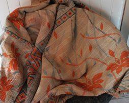 Pläd/Filt av återvunna Saris   Orange