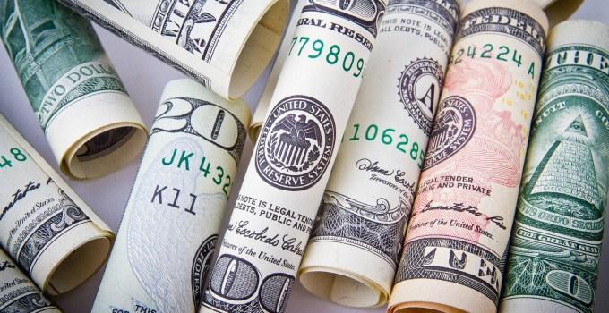por que el dinero se me va como agua