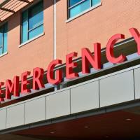 ¿Cómo se trata la urgencia de un paciente accidentado?