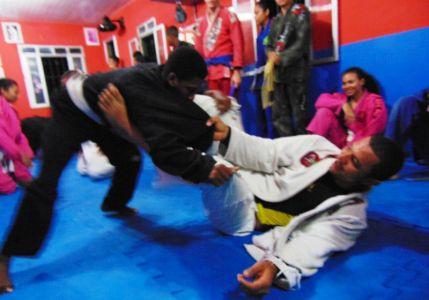 16_4 PTN: CT Jorge Monge recepciona equipe de Gandu em treino interativo de Jiu Jitsu
