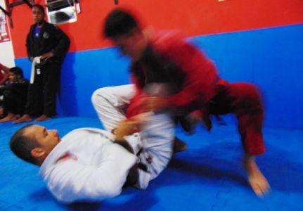 18_4 PTN: CT Jorge Monge recepciona equipe de Gandu em treino interativo de Jiu Jitsu