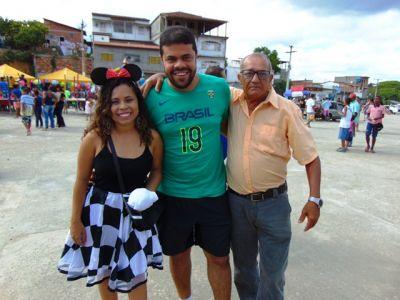 DSC08702 Gandu: Prefeito Léo foi recebido com alegria durante as comemorações ao Dia da Criança