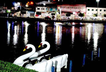 IMG-20171213-WA0025 Gandu: Prefeitura realiza ornamentação de natal no Lago Azul, cartão postal da cidade.