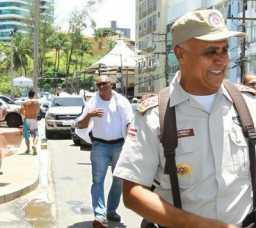 Rui parabeniza policiais por atuação no carnaval
