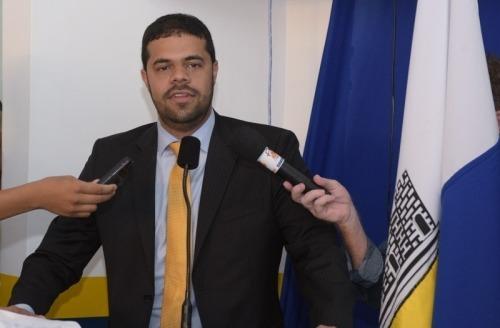 Leonardo_Cardoso_Gandu_Ipolitica Gandu: Pesquisa de avaliação do governo municipal do prefeito Léo de Neco.
