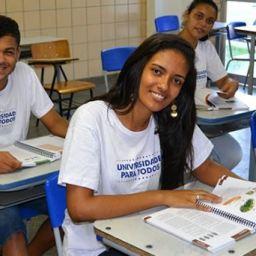 Inscrição para financiamento estudantil em universidade paga termina quarta
