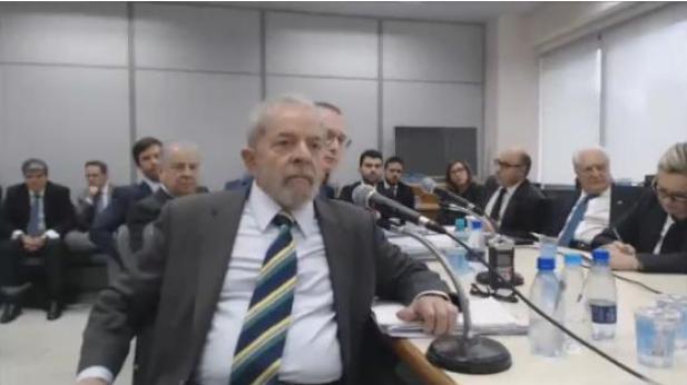 Veja-Lula-e-Moro-frente-a-frente Lula e Moro frente a frente; veja o depoimento completo