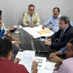 Gandu – Vereadores e secretário foram a Salvador em busca de soluções para o problema do Lago Azul e de poços para a Zona rural