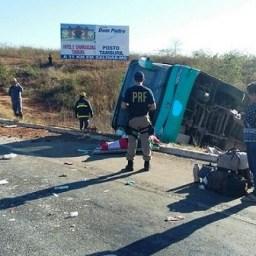 Nove mortos em acidente com ônibus que seguia de São Paulo para a Bahia