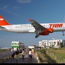 Bahia terá mais de 3 mil voos extras no verão, diz governo baiano