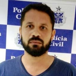 Homem que atirou em PM após descobrir traição se entrega à polícia