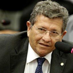 Rui aguarda julgamento de recurso de Caetano para concluir secretariado
