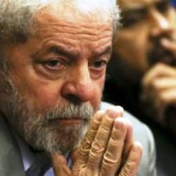 Sérgio Moro decreta prisão de Lula e dá até amanhã para ex-presidente se apresentar