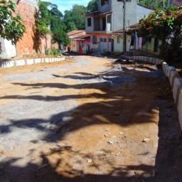 Prefeitura de Gandu inicia obras de pavimentação na rua Antonio Leonardo da Silva
