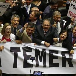 Bancada baiana fecha em 21 x 17 placar contra Temer