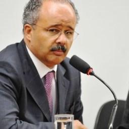 Relator diz que distritão misto ganha força entre os deputados