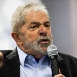 Lula lidera pesquisa de ponta-a-ponta em todo País mas volta a virar réu