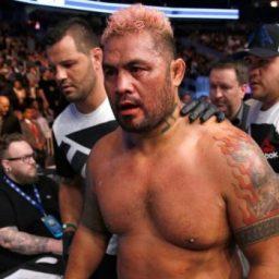 Lutador do UFC revela perda de memória, mas avisa: 'Morrerei lutando'