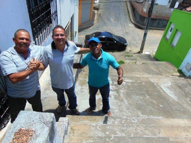 Gil-Calheira-1-e1507775203282 Gandu: Prefeitura inicia melhorias na escadaria da Travessa Ana Neri