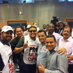 Prefeito de Gandu participou de mobilização em prol dos municípios
