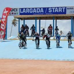 Copa Brasil de Bicicross agita a orla baiana neste final de semana
