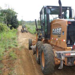 Prefeitura de Gandu inicia recuperação das estradas vicinais na região da Agência